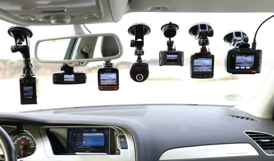 Types of Car Dashboard Cameras
